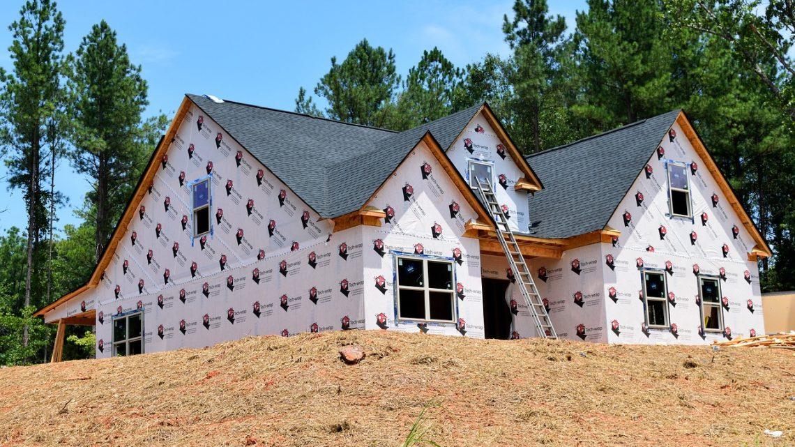 Que désignent les gros oeuvres en construction immobilière ?