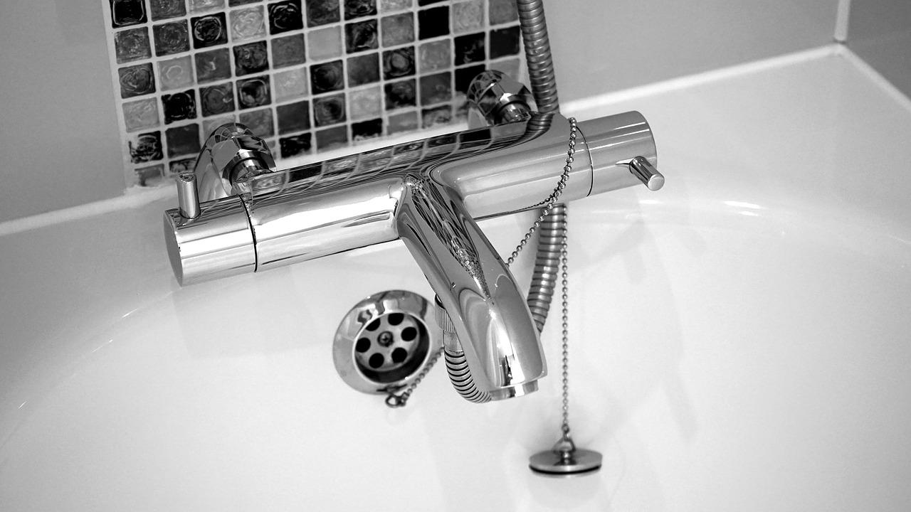 Rénovation de salle de bains : comment choisir son artisan ?